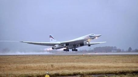 Стратегический бомбардировщик Белый Лебедь Ту-160М