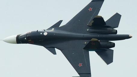 Истребитель бомбардировщик Су-34